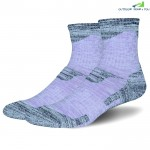 Pair of Outdoor Climbing Running Female Moisture-proof Socks for Autumn and Winter