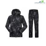OUTDOOR TACTICAL WATERPROOF WARM SOFT SHELL SUIT FOR MEN (BLACK)